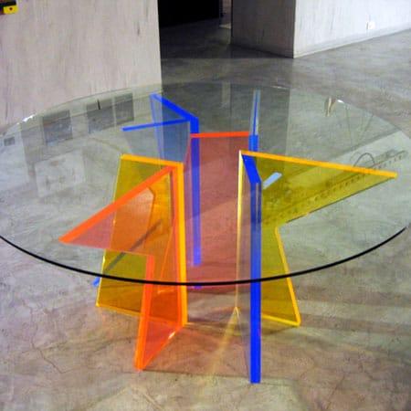 Tavolo colorato plexiglass