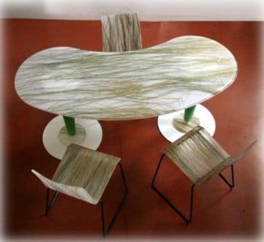 Tavolo in Plexiglass con Erba Palustre Incorporata