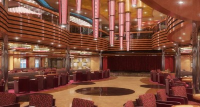 Hall costa Diadema con colonne luminose in plexiglass