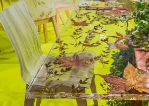 Tavolo in Plexiglass con Foglie Inglobate