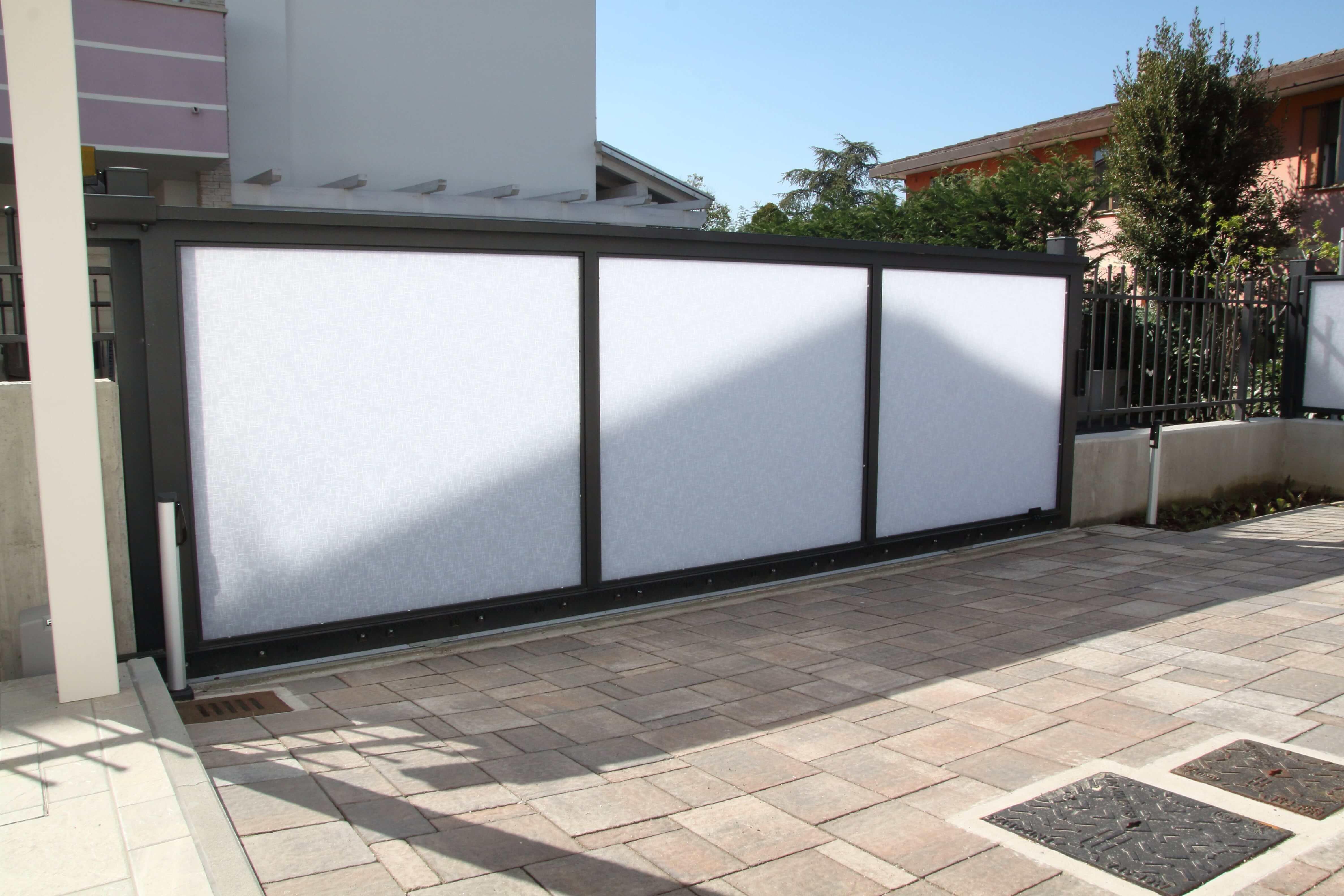 Cancello Abitazione in Plexiglass